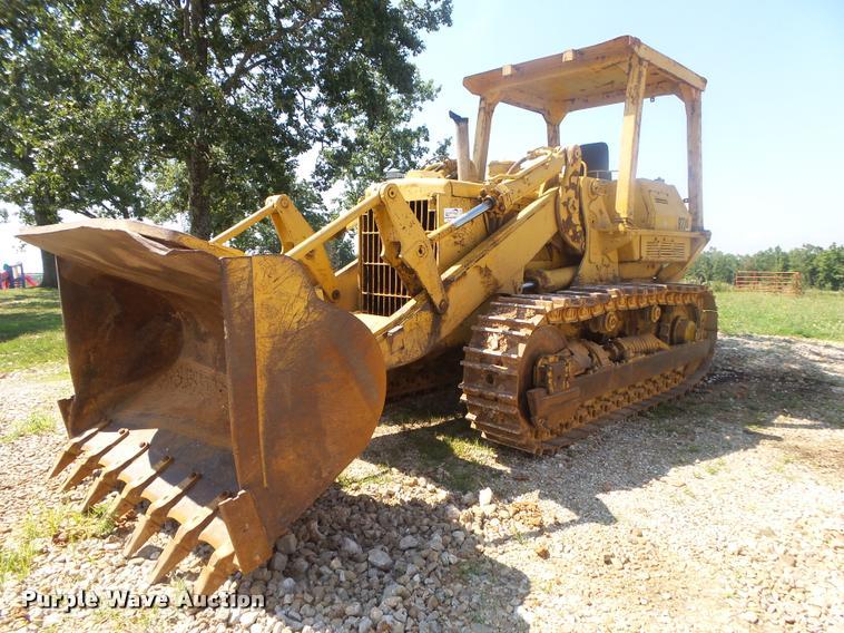Caterpillar 977L track loader