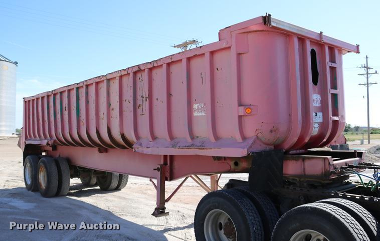 1985 Fruehauf N02-M2-31DB5-30 end dump trailer