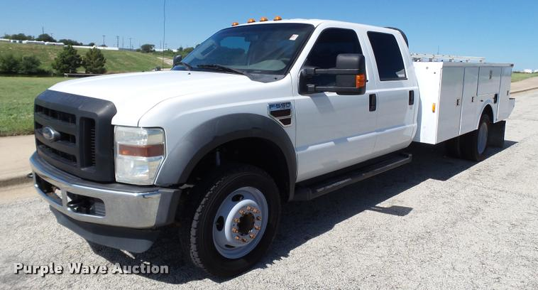 2010 Ford F550 Super Duty service truck
