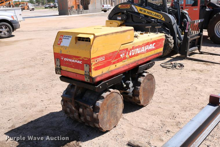 1997 Dynapac LP852 trench compactor