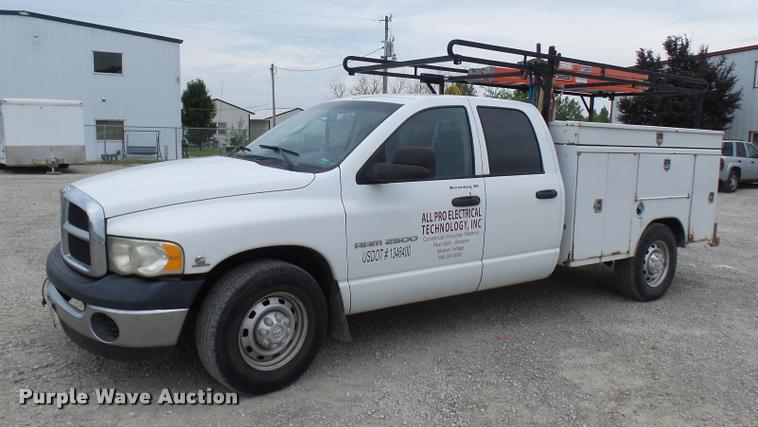 2004 Dodge Ram 2500 Quad Cab utility bed pickup truck