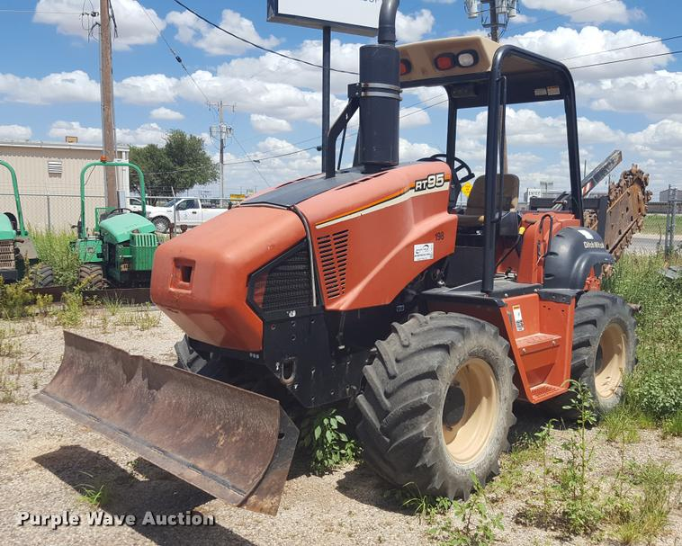 2013 Ditch Witch RT95 trencher