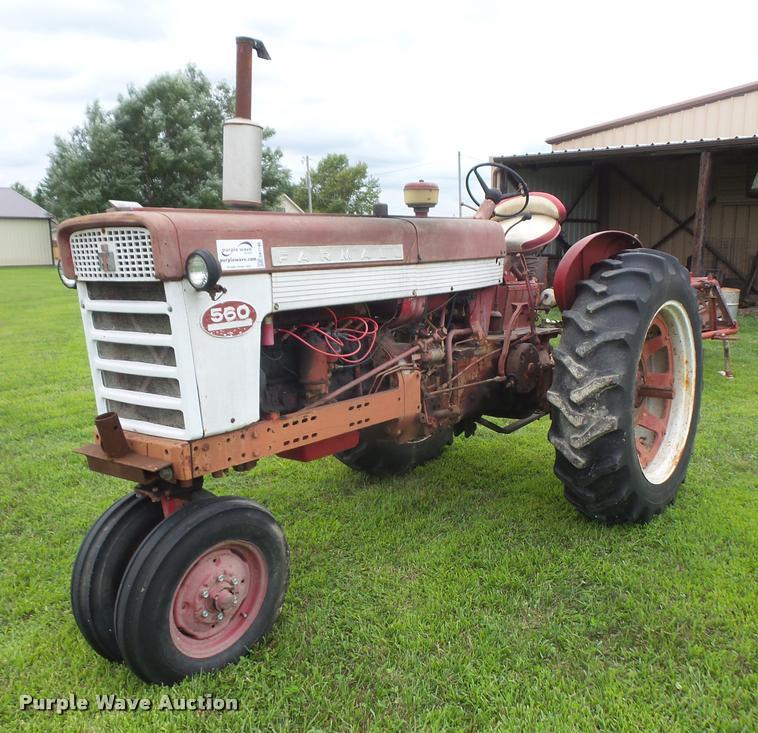 1962 Farmall 560 tractor