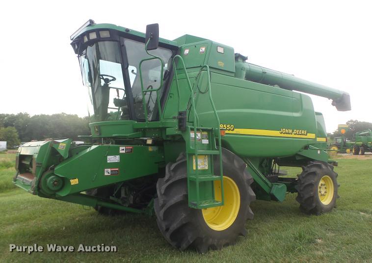 2001 John Deere 9550 RWA combine