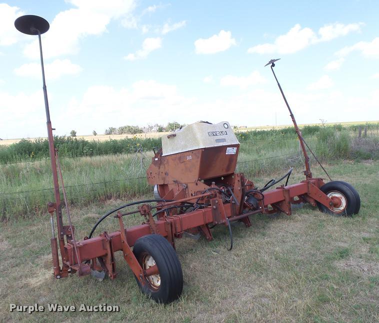 International Harvester 500 Cyclo no-till planter