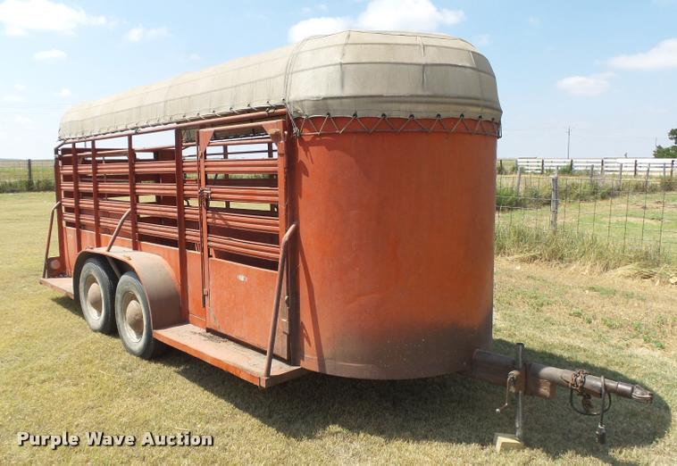 1972 Hale livestock trailer