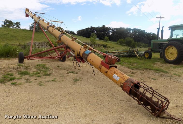 Westfield W130-51 grain auger