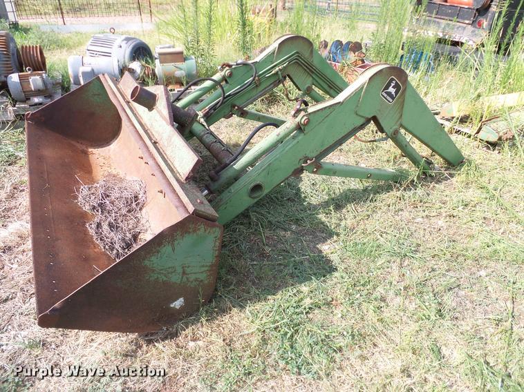 John Deere 175 loader