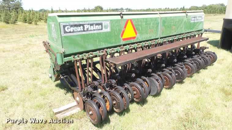 Great Plains Solid Stand 14 grain drill