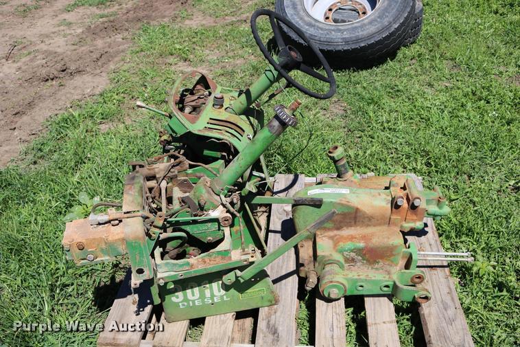 John Deere 3010 tractor parts