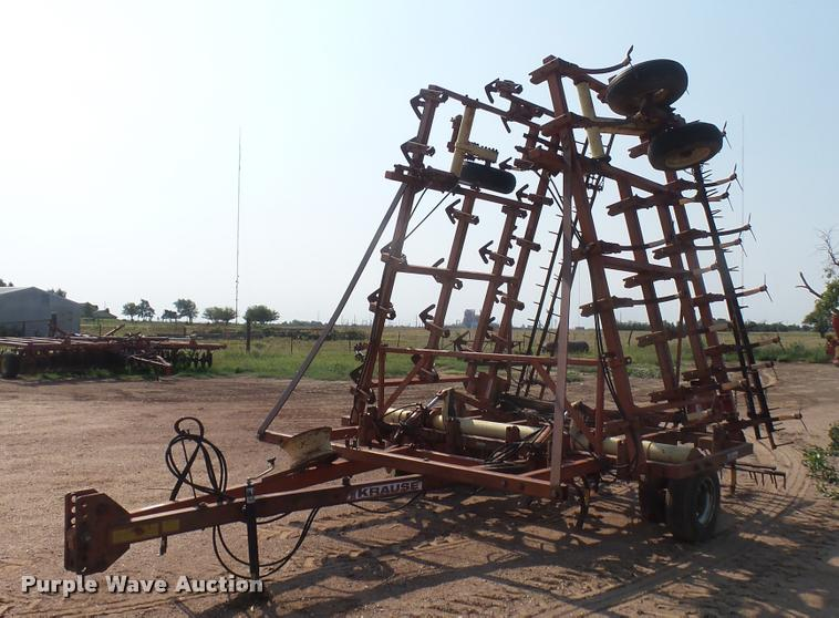 Krause 4133 field cultivator