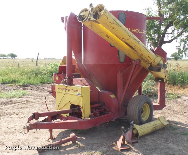 New Holland 355 mixer / grinder