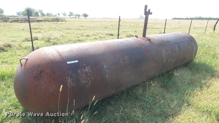 1,000 gallon butane tank