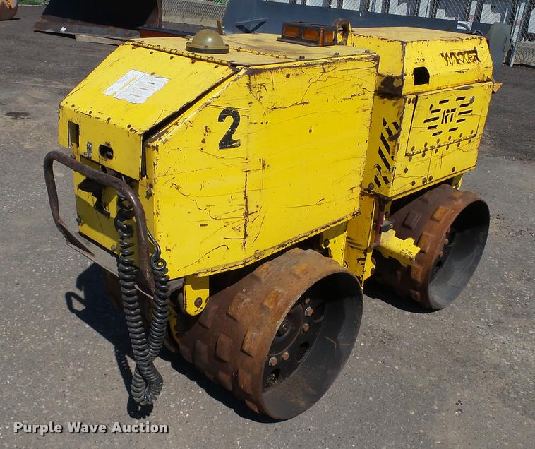 Wacker RT820 trench compactor