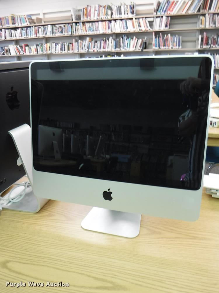 (9) Apple iMac computers