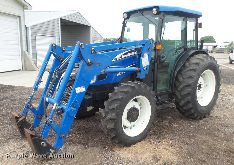 2005 New Holland TN70DA MFWD tractor