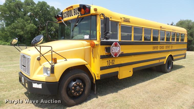 2002 Freightliner FS65 Thomas school bus