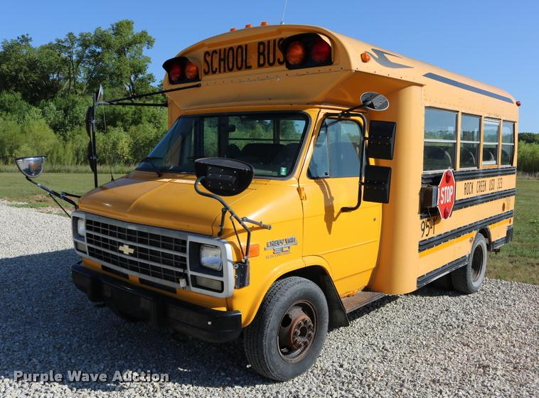 1995 Chevrolet G30 Blue Bird school bus