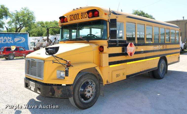 2000 Freightliner FS65 Blue Bird school bus