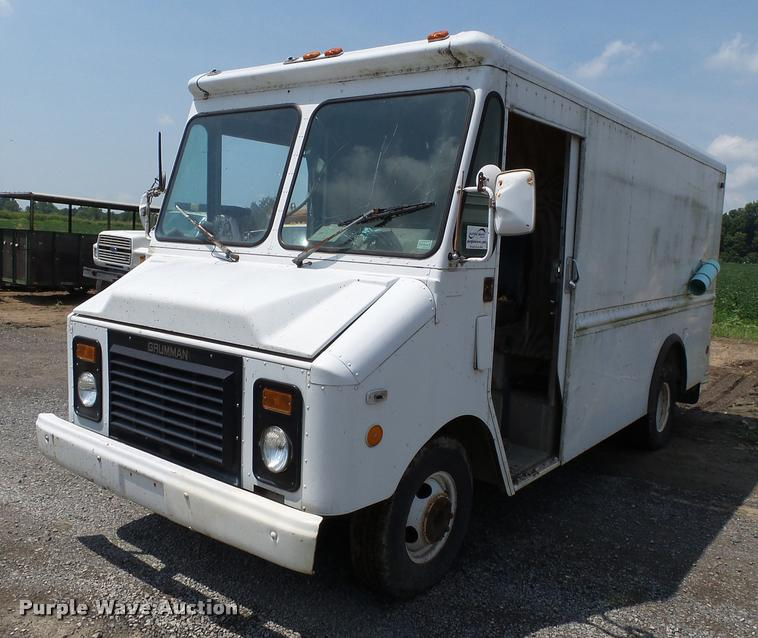 1991 Chevrolet P30 delivery van