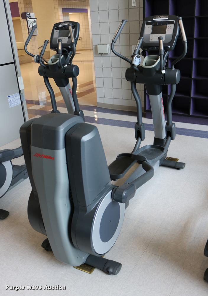Life Fitness 95X elliptical