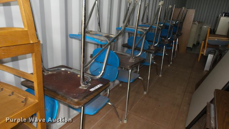 (12) school desks