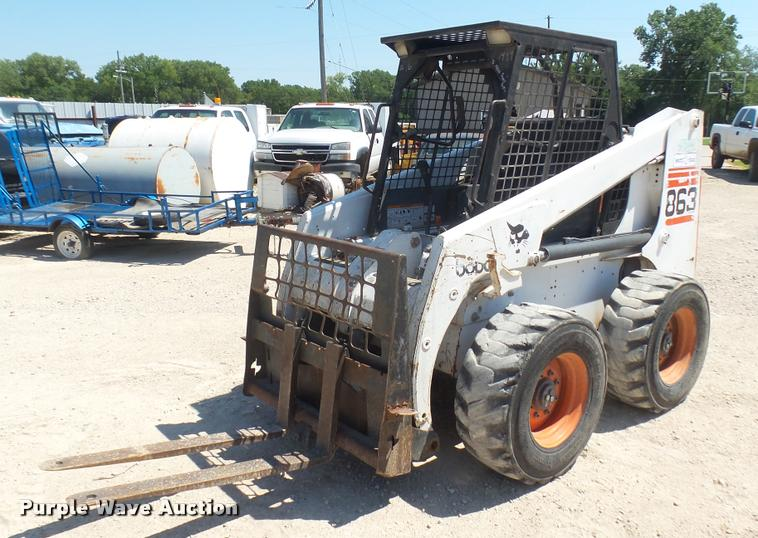 Bobcat 863 skid steer