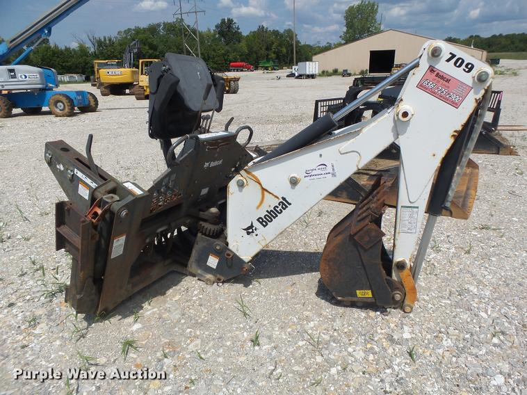 Bobcat 709FDS skid steer backhoe