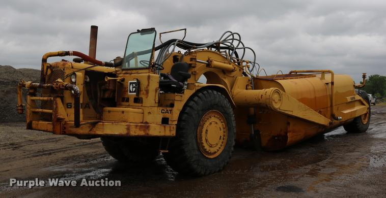 Caterpillar 631A water wagon