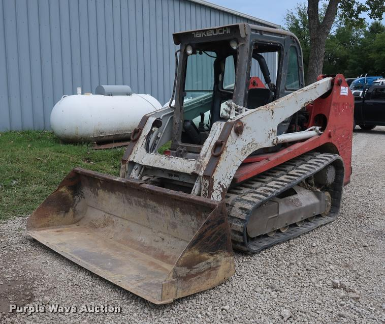 2005 Takeuchi TL140 skid steer