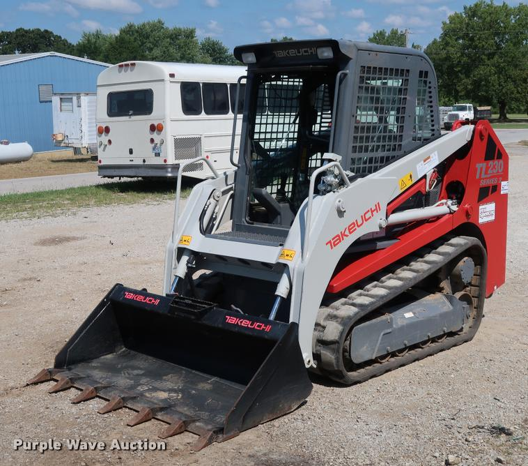 2013 Takeuchi TL230 Series 2 skid steer