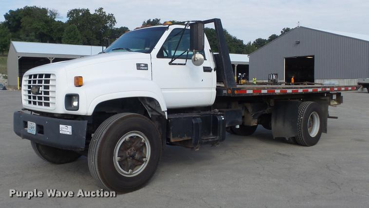 1997 Chevrolet C7500 roll back truck