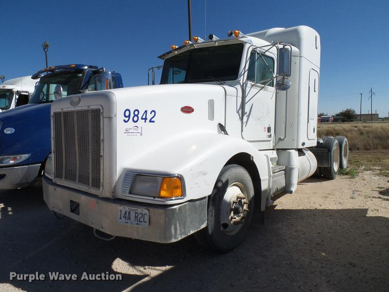 1998 Peterbilt 377 semi truck