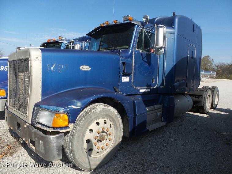 1998 Peterbilt 377 truck semi truck