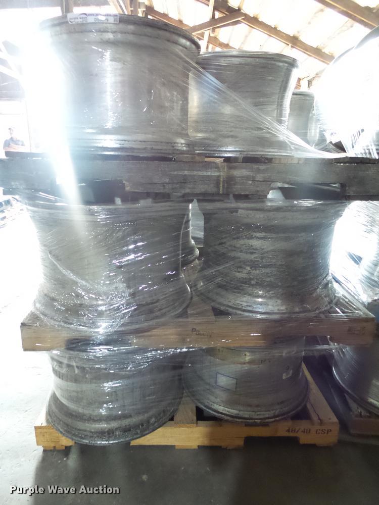 (8) aluminum wheels