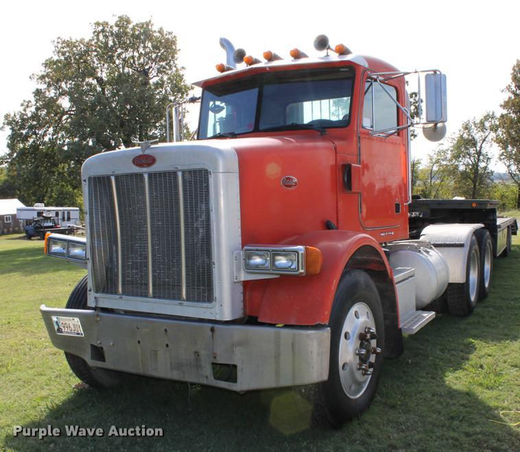 1992 Peterbilt 378 semi truck