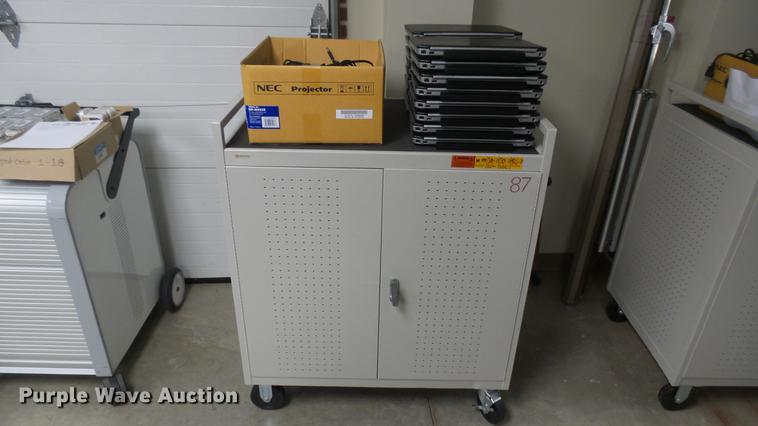 DX9884
