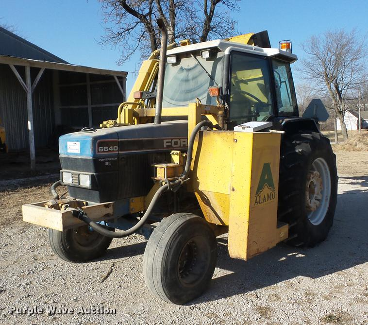 Ford 6640 tractor