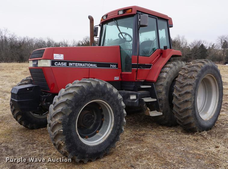 1991 Case IH 7130 MFWD tractor