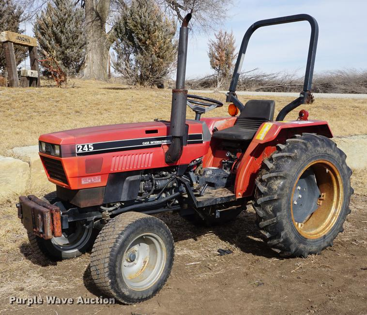 1988 Case IH 245 tractor