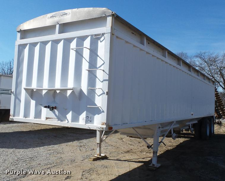 1989 Hawkeye double hopper bottom grain trailer