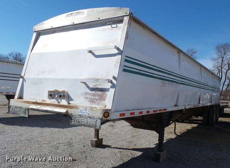 1998 Wheeler GH2225KA40 double hopper bottom grain trailer