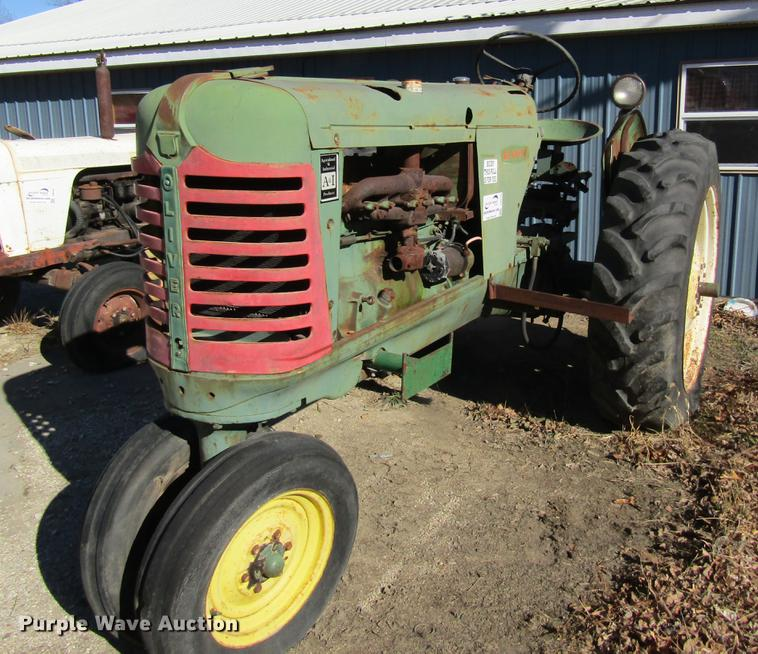 Oliver Row Crop 88 tractor