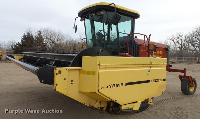 2002 New Holland HW320 Haybine self-propelled windrower