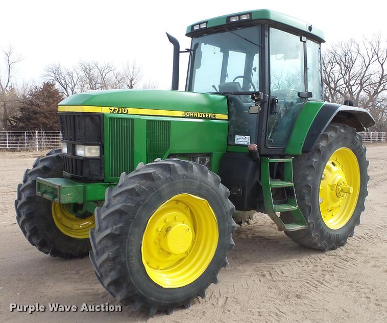 1997 John Deere 7710 MFWD tractor