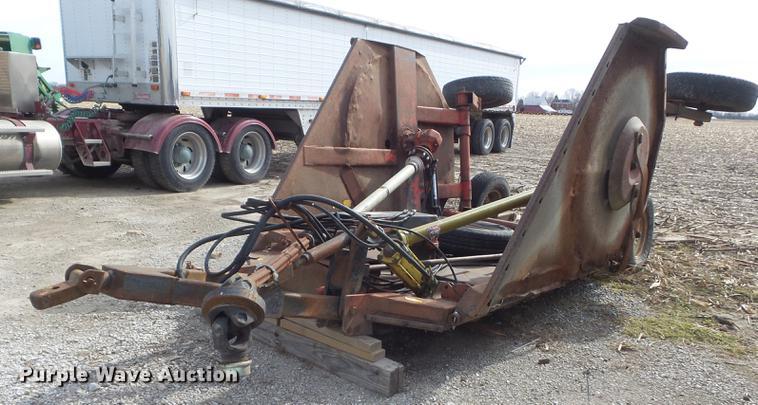 Bush Hog 2610 batwing rotary mower