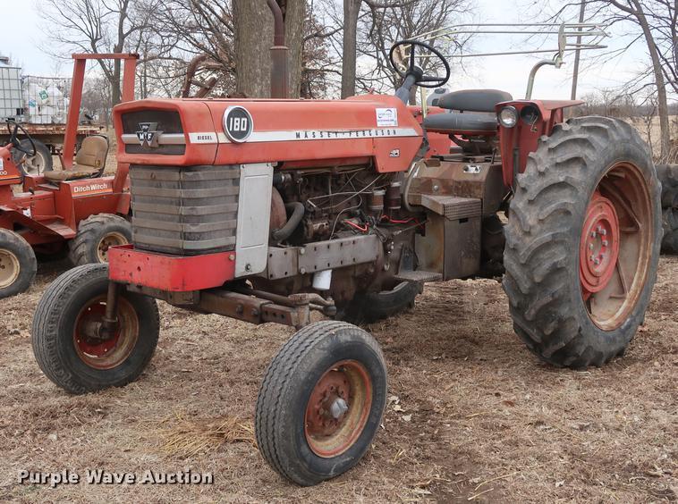 1966 Massey-Ferguson 180 tractor