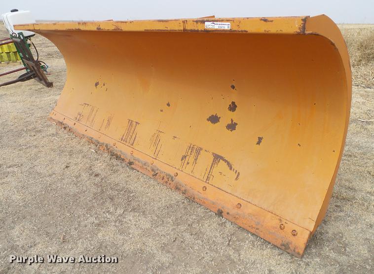 Wausau R4512-M snow plow