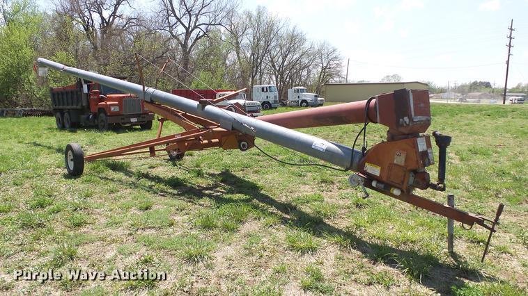 Hutchinson grain auger