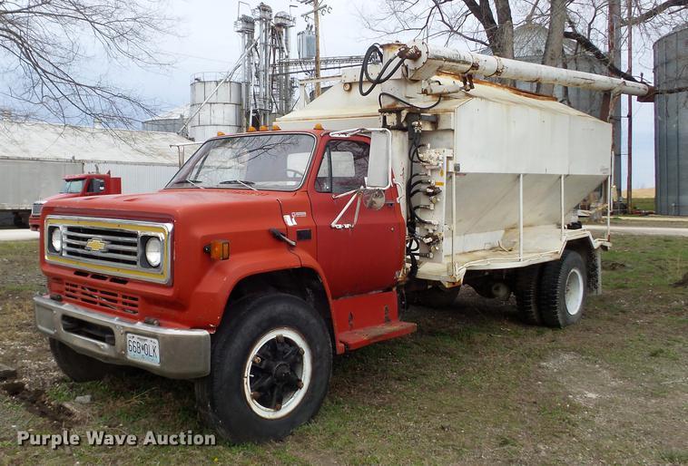 1988 Chevrolet Kodiak 70 feed truck